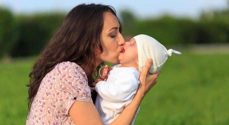 tips on how to soothe a newborn baby